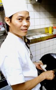 バインセオ・サイゴン 総料理長ニョン