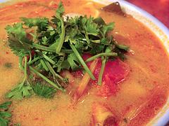 ベトナム料理に欠かせない調味料「ヌクマム」と …